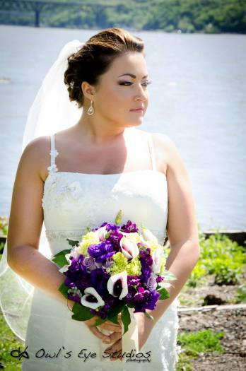 Hudson Valley Bride in Poughkeepsie Courtesy of Owl's Eye Studios