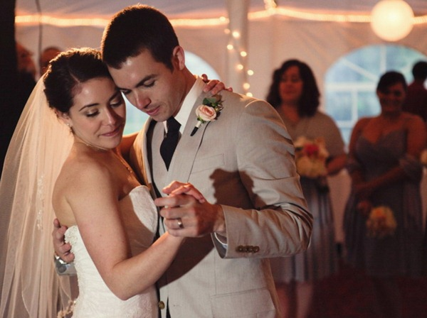 Hudson Valley Wedding First Dance at Full Moon Resort set to Music by DJ Bri Swatek Courtesy of The Lovely Lens