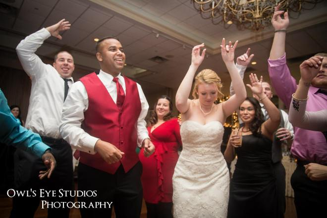 Wedding Dance Party at the Grandview with DJ Bri Swatek Courtesy of Owl's Eye Studios