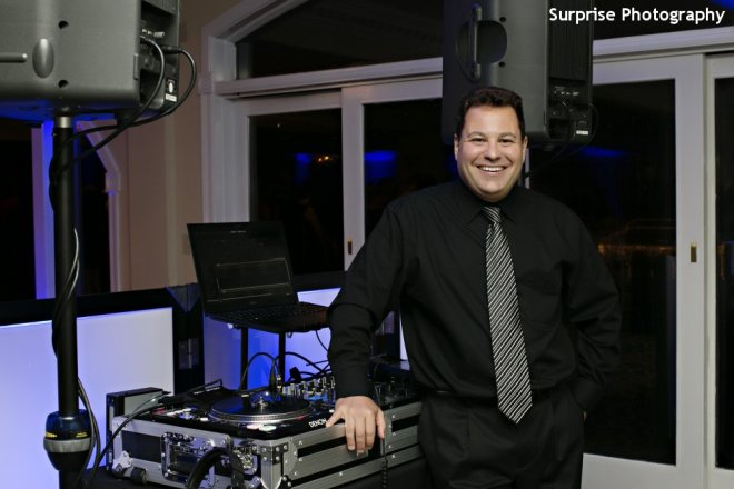 Hudson Valley Wedding DJ Bri Swatek Courtesy of Surprise Photography at Candlewood Inn Summer 2014