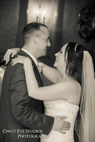 Hudson Valley Wedding DJ Bri Swatek First Dance Villa Borghese Owls Eye Studios JHBT