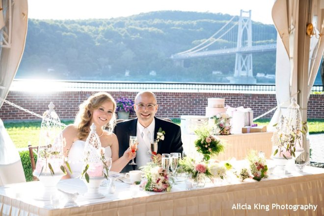 A toast at the Grandview set to music by Hudson Valley wedding DJ Bri Swatek courtesy of Alicia King Photography