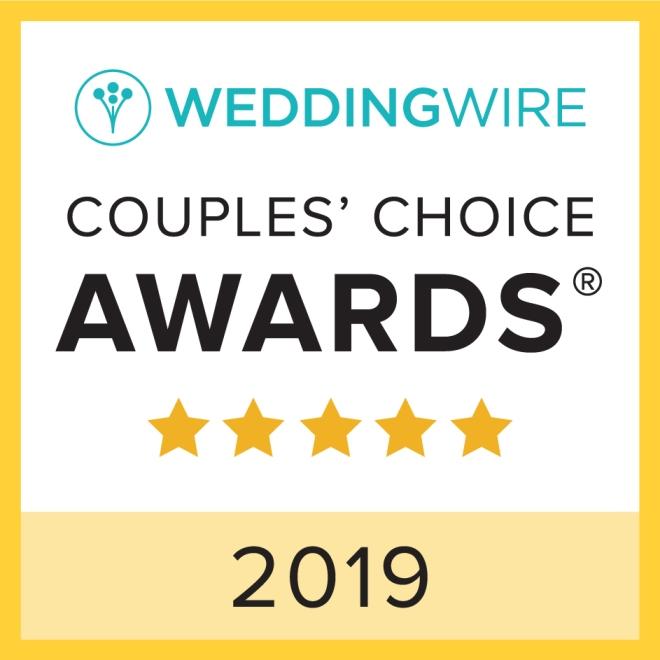 DJ Bri Swatek Wins the WeddingWire Couples' Choice Award 2019